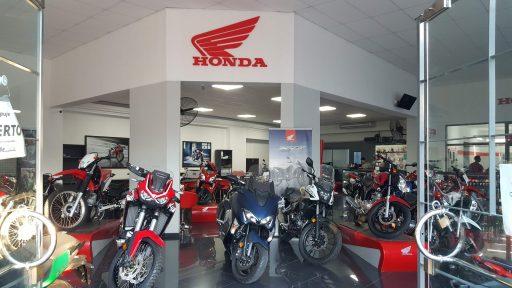 Salon de ventas de All Motors